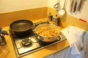 Geimproviseerde appeltaart :)  Resultaat: Hmm...geimproviseerde kwaliteit :)