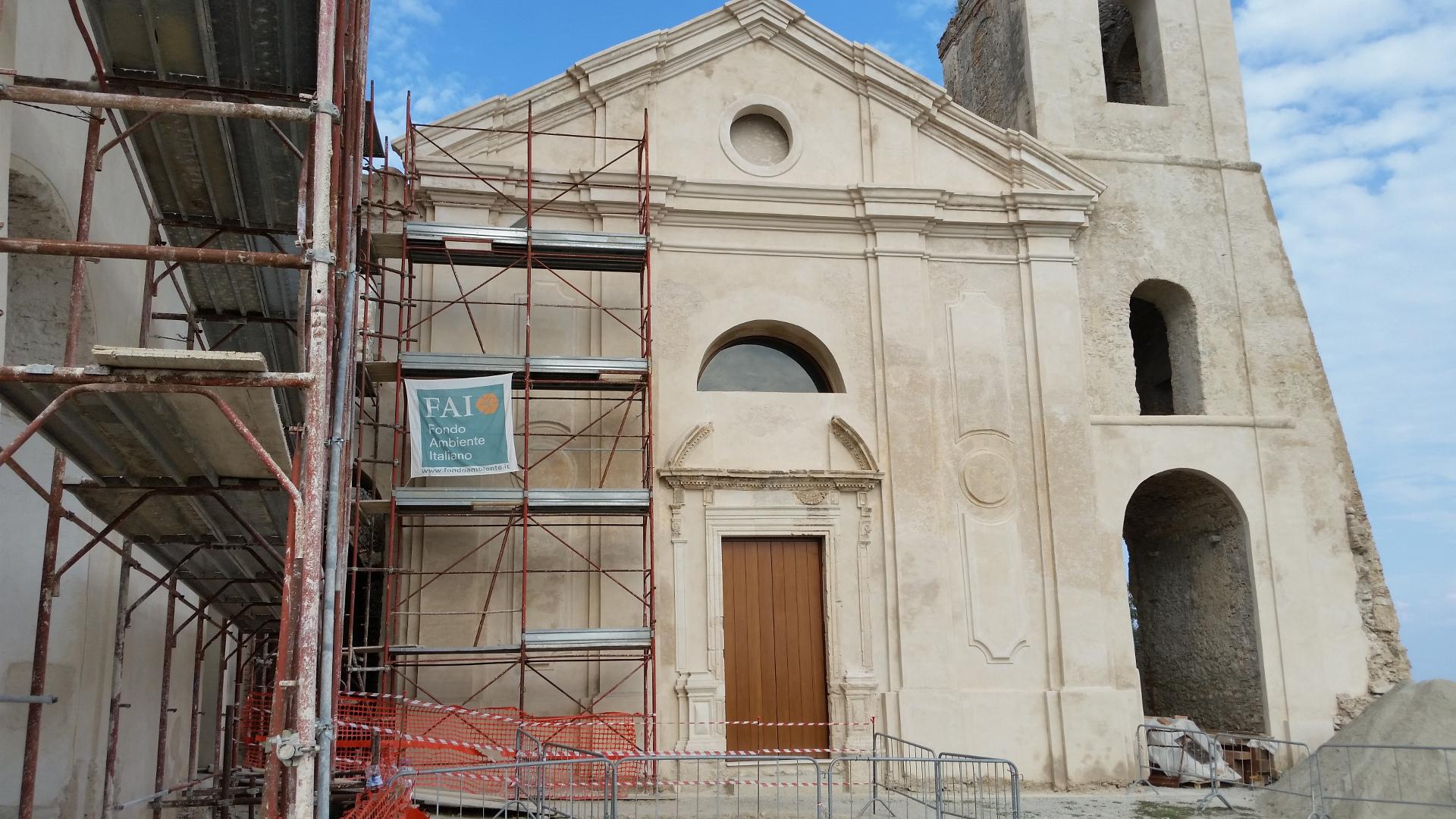 roccella_castello_facade